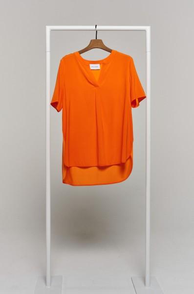 Seidenshirt mit Modalrücken leuchtendes orange mit V-Neck