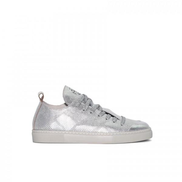 Sneaker - Leder - glänzend metallic - silber - geprägt