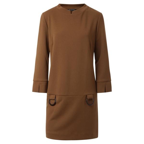 Minikleid-braun-leicht ausgestellt